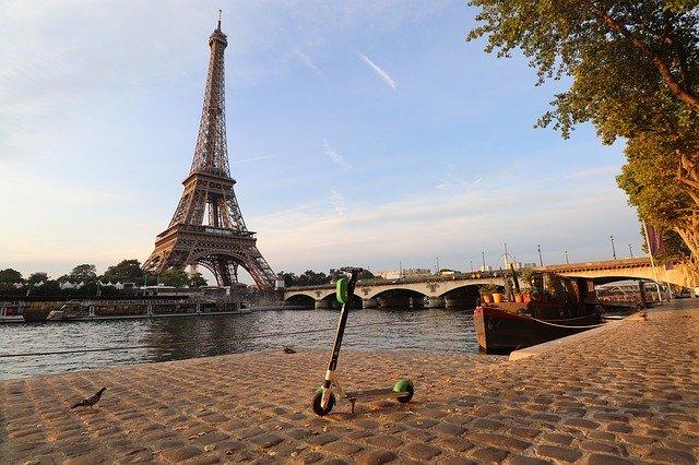 paris-4468632_640